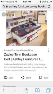 Bed/bookshelf/dresser