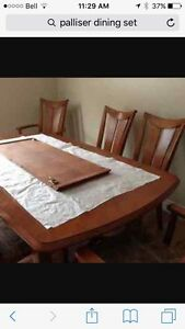 Solid wood table with leaf and 6 chairs Strathcona County Edmonton Area image 1
