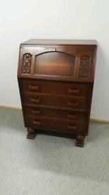 Vintage bureau, Desk