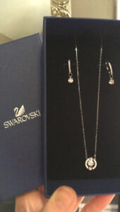 For Sale: Swarovski Necklace and Earring Set