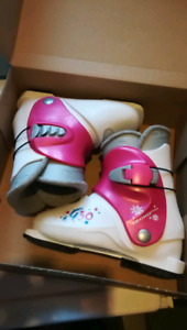 K2 Girls ski boots youth size 2