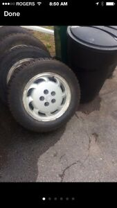 225/60/16 snow tires...  Reduced!!!  $300 Belleville Belleville Area image 1