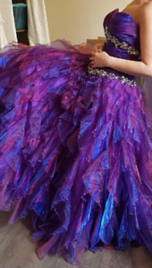 Beautiful size 14-16 unaltered grad dress for sale