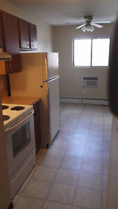 2 Bdrm Apartment In Cathedral Available - 7th Month RENT FREE Regina Regina Area image 4