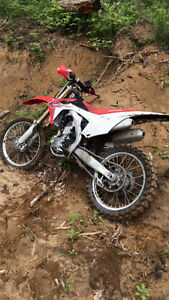 2014 CRF250R need to sell asap