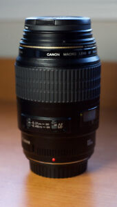 Canon EF 100mm f2.8 Macro USM AF Lens _ Perfect Condition