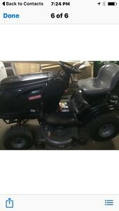 24 Horse Craftsman Briggs and Stratton lawn tractor