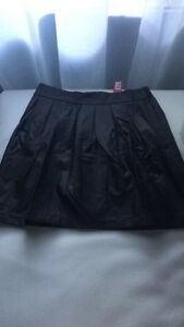 size L faux leather skirt