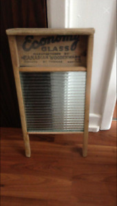 Antique Canadian Washboard.