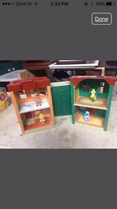 Sesame Street house and characters