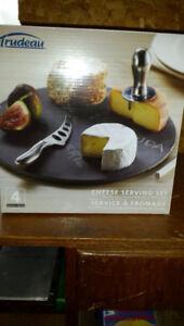 Cheese Serving Set, Pie Maker