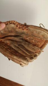 BASEBALL - gant de baseball - main droite (pour gaucher)