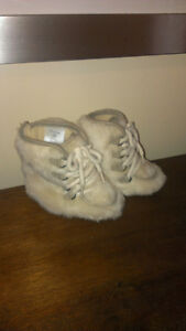 Baby Gap Girl's Booties - size 6-12 months London Ontario image 2