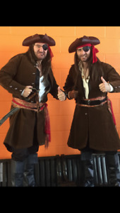 1 PIRATE costume / Halloween costumes /mint condition,worn once