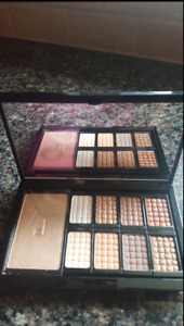 Doucce Freematic Pro Palette Eyeshadow Nude