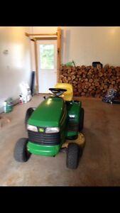 John Deer Ride on lawnmower