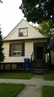 3143 Donnelly student rental for rent now