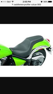 Vulcan 900 Custom Saddlemen Profiler seat