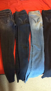 Hollister Jeans 4 pairs