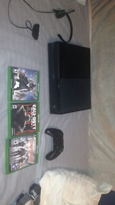 Xbox one with 6 games for sale