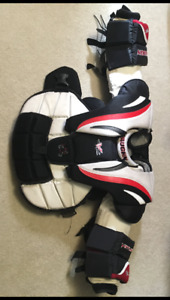 NEW PRICE!!!Vaughn Goalie Chest Protector