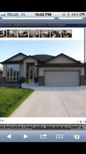 Upscale lasalle home with room for rent.