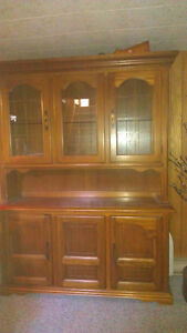 Reduced price!!  Solid wood oak hutch