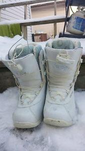 Size 9 Women's SAGE Ride White Snowboard Boots