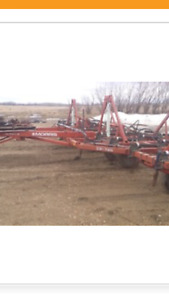 Looking for a Morris Magnum 2 Deep Tillage