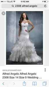 Alfred Angelo 2308 wedding dress