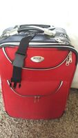 Valise de style 'Carry on' pour l'avion