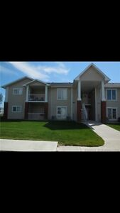 Redcliff condo! No stairs!!!