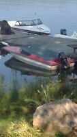 1977 Mercury 70 hp and 15ft Cricket Ski Boat