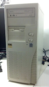 Old Windows 2000 Desktop with ISA and PCI slots.