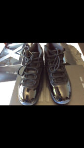 """new in a box JORDAN 11 """"Cap & Gown"""" DS size US 8.5"""