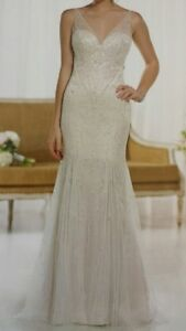 Beautiful never worn wedding dress for sale Campbell River Comox Valley Area image 1