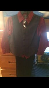 Brand New.Never Worn,Dockers Brand Suit,Size 5.