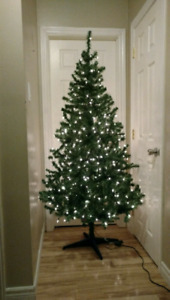 6.5 Ft Pre-lit Artificial Tree