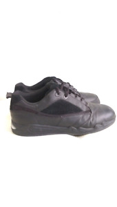 Men's Ultima Curling Shoes & Brush