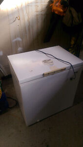 Great condition cubic freezer Windsor Region Ontario image 1