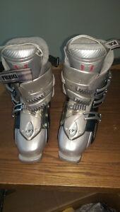 Women's Technica downhill ski boots