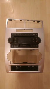 5 CD changer and casset player.