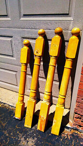 For sale 4 oak staircase posts.
