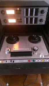 "Ampex AG 440C 1/4"" Reel to Reel w/many extras"
