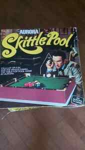 Vintage Skittle Pool game