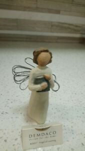 Willow Tree Angel of Learning  Figurine- #26017