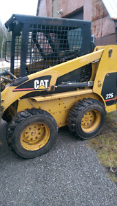 CAT 226 WITH GRAPPLE BUCKET