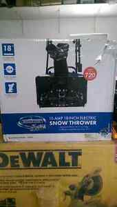 New! 15 Amp  18 inch electric Snow thrower blower
