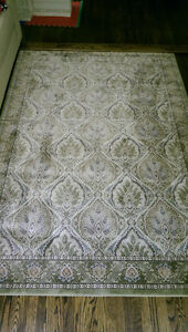 Beautiful rug for sale. Approx 7.5 ft x 5.5 ft