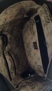 Large Guess Tote and Coach Wallet Kitchener / Waterloo Kitchener Area image 4